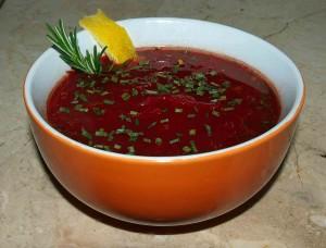 Rote-Bete Tomatensuppe mit feiner Zitronennote vegan kochen