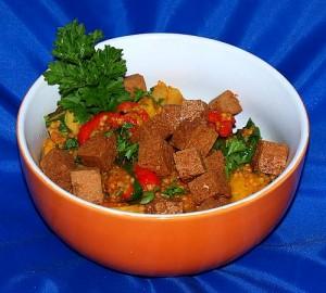 Frittierter Tofu an Provence Gemüse vegan kochen