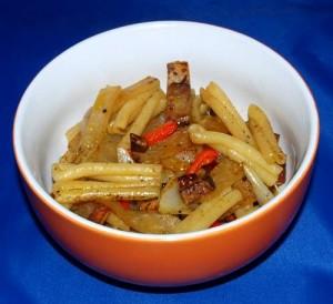 nudeln-mit-kohlrabi-tofu-und-paprika-vegan-kochen